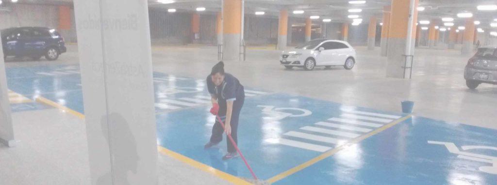 limpieza aparcamientos de centros comerciales
