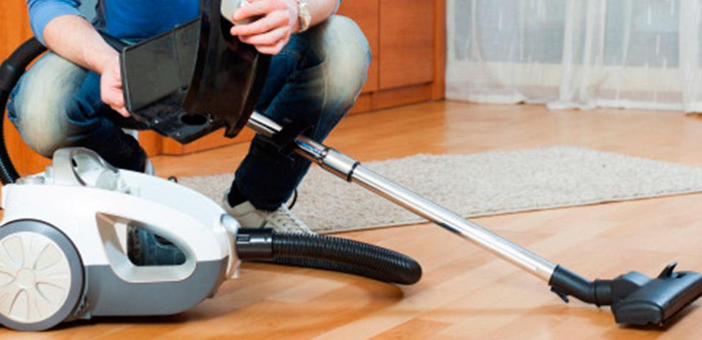 limpiar con aspiradora