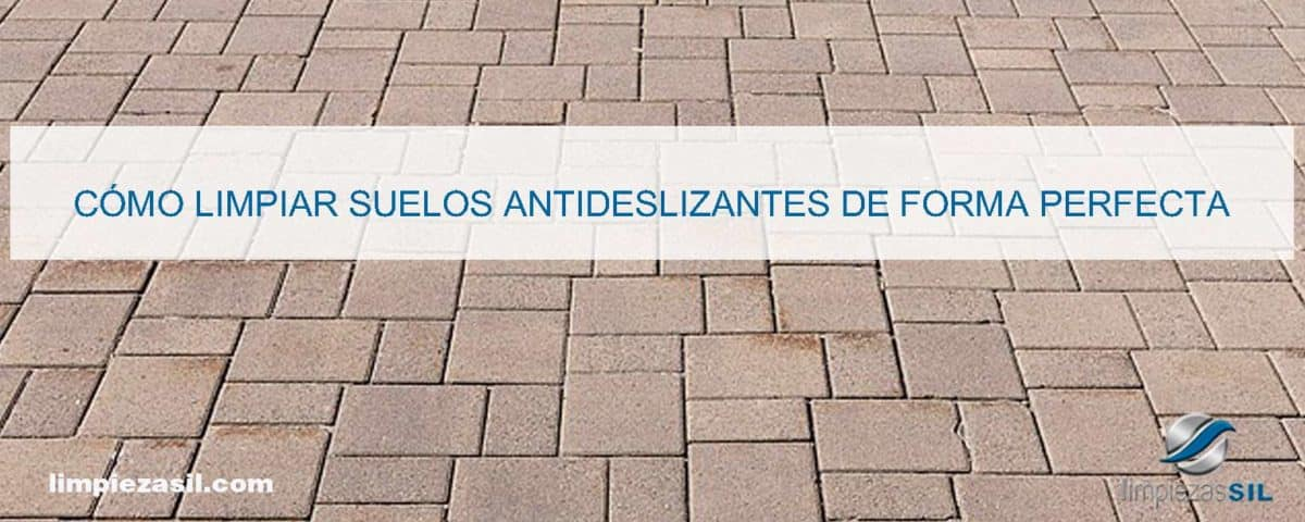 limpiar-suelos-antideslizantes