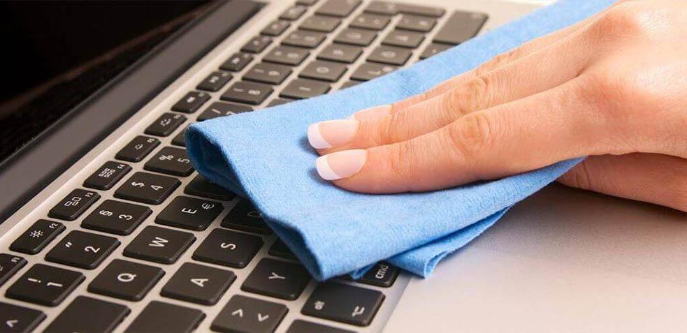 limpieza-de-dispositivos-electrónicos
