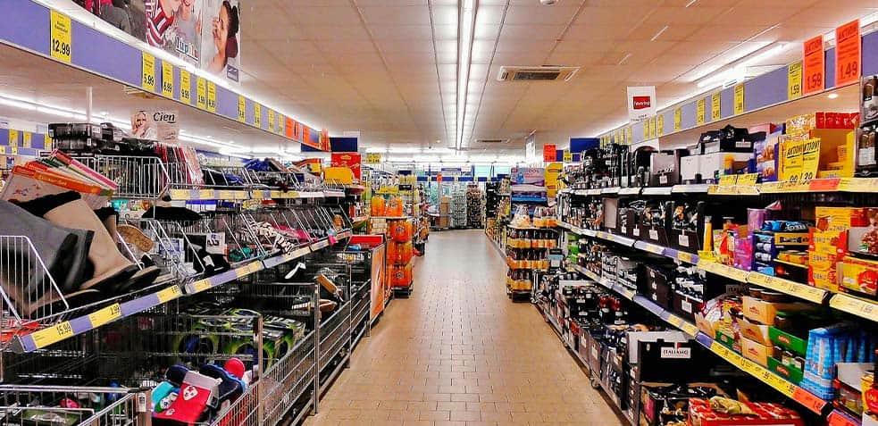 Limpieza-en-el-supermercado