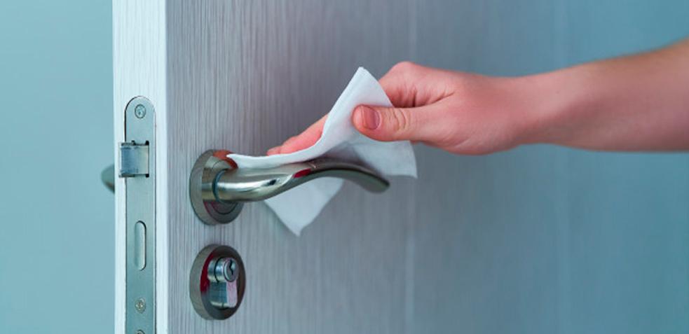 limpieza-desinfección-pomos-puertas-coronavirus