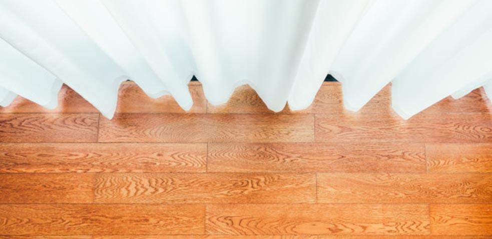 cómo-limpiar-moho-paredes-y-cortinas