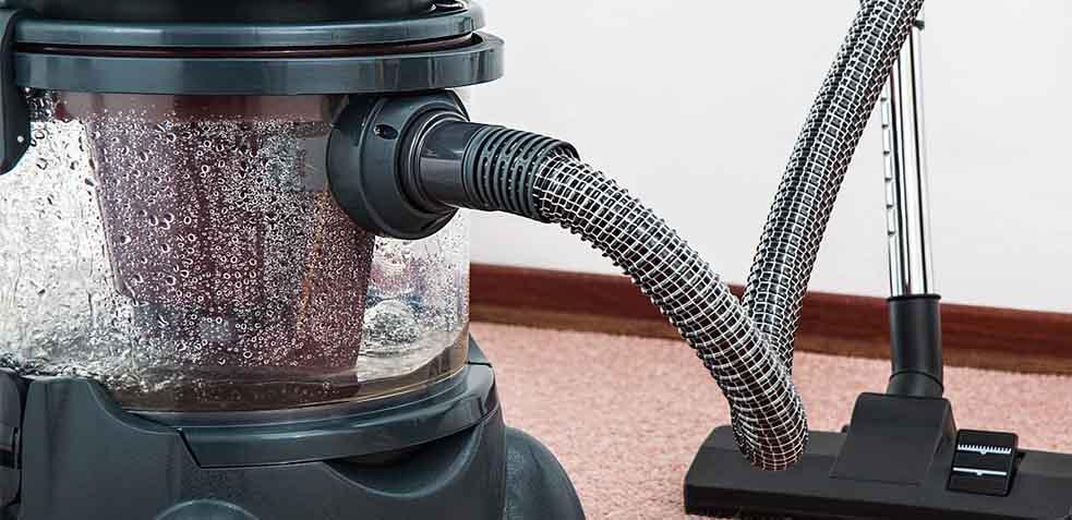 como limpiar alfombra de yute